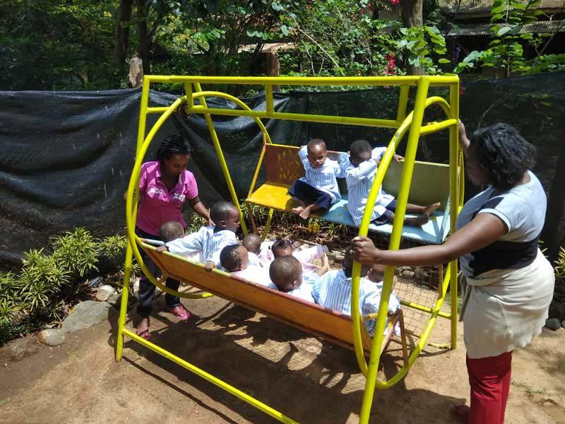 ongvoluntariado-voluntariado-internacional-en-africa-guarderia-con-niños-en-tanzania