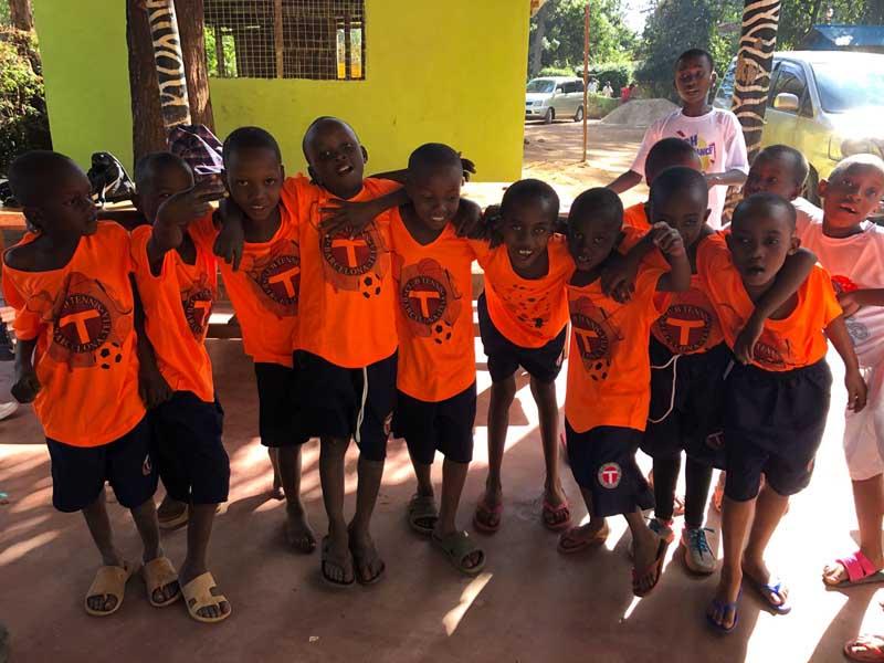 ongvoluntariado-voluntariado-internacional-en-centro-de-acogida-en-tanzania-orfanato-en-africa