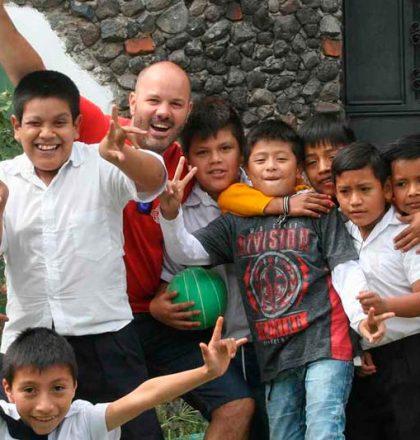 ongvoluntariado-voluntariado-internacional-ong-guatemala-con-ninos